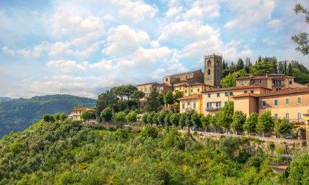 sh_146781494-Montecatini-Alto-Tuscany_EDIT-2000x1200.jpg